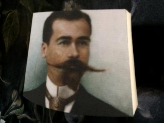 Abat jour pans coupés portrait d'un dandy esprit XIXe