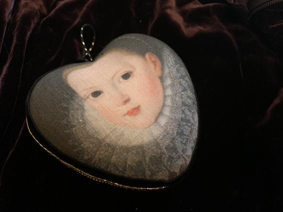 Coeur précieux Isabella de Médicis enfant