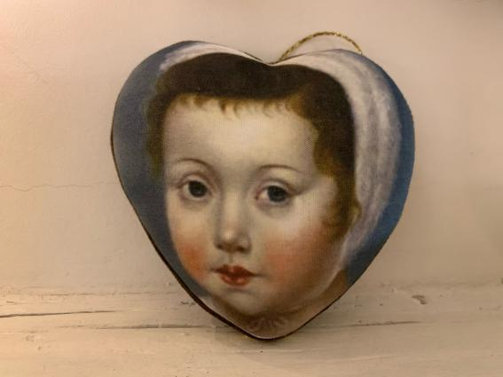 """Coeur précieux """"jeune enfant au béguin"""""""